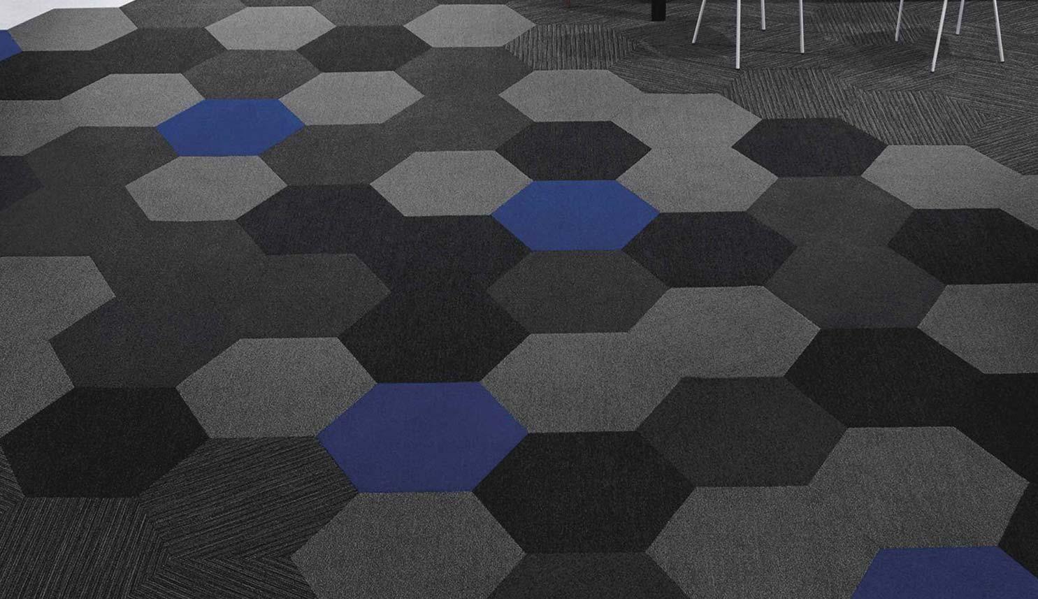 Plane-Hexagon-roomshot